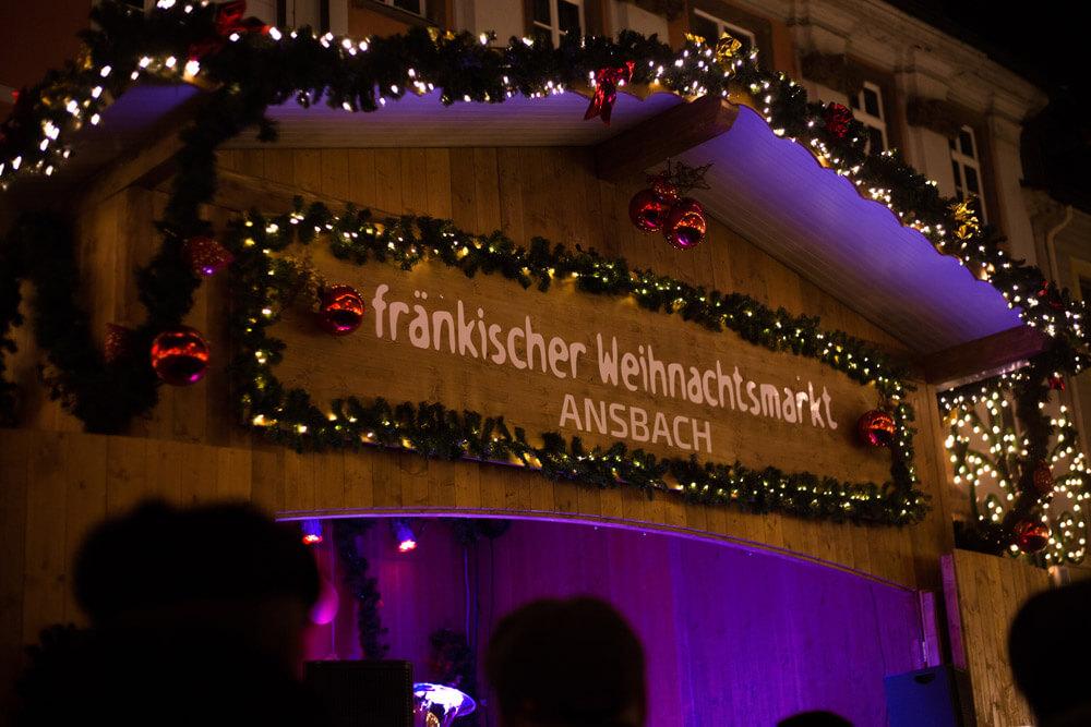 fränkischer Weihnachtsmarkt Ansbach Bude