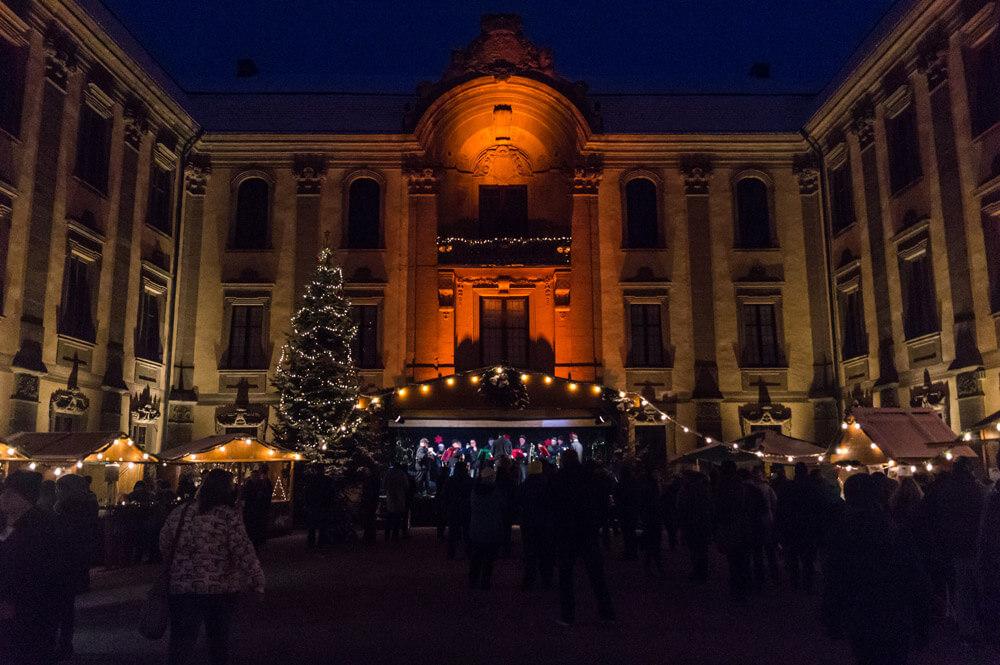 Schillingsfürst Schlosshof Weihnachtsmarkt