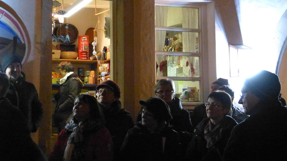 Begegnung unter dem Weihnachtsbaum: Gelebte Tradition in Nennslingen