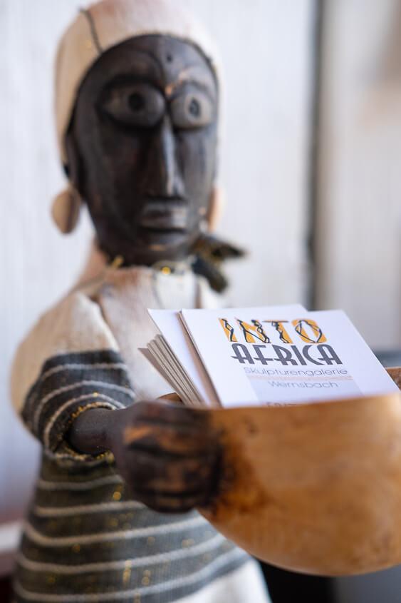FrankenSein zeigt die beeindruckenden Bilder der Into-Africa-Skulpturengalerie.
